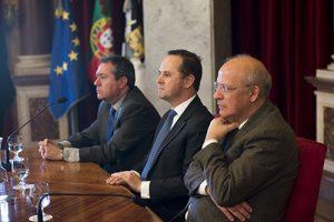 Ministro y Alcaldes de Sevilla y Lisboa